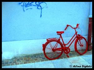 0 red bike